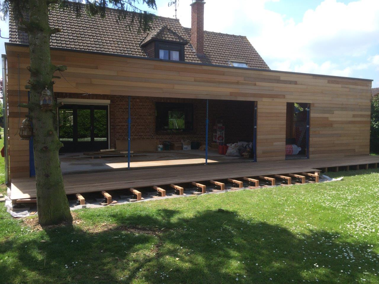 Extension bardage red cedar terrasse tannimbucca for Extension sur terrasse